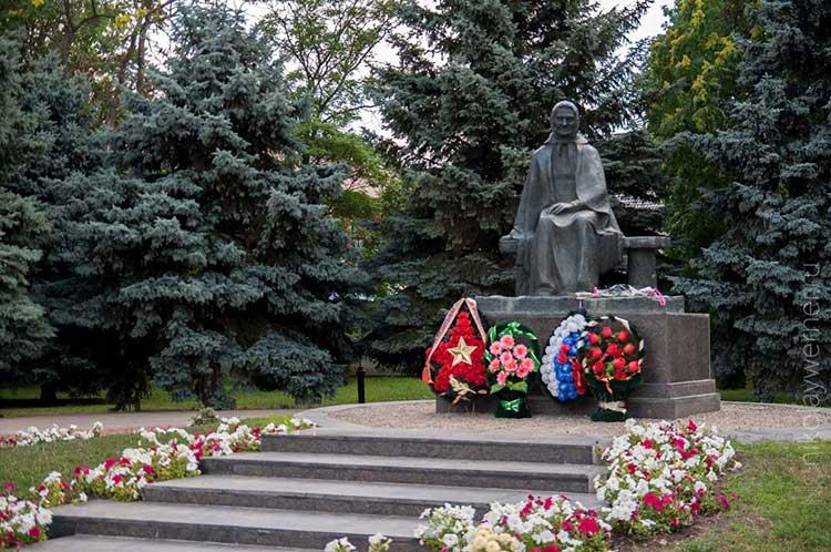 тимашевск-памятники